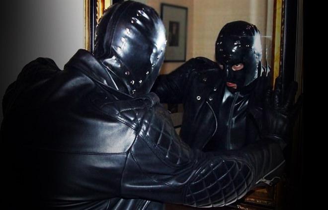 Organisez un plan sympa BDSM gay entre hommes pour pimenter votre quotidien