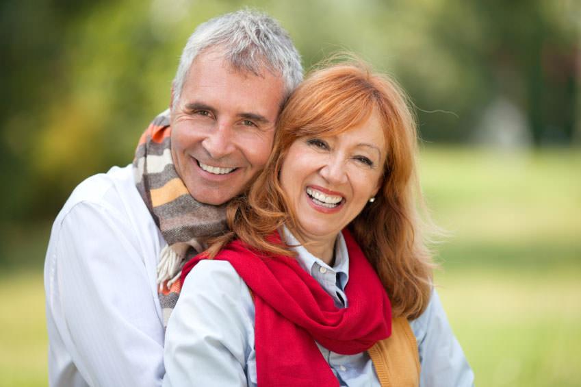 Découvrez les joies amoureuses de la maturité! Enfin un site de rencontres pour les quinquagénaires!