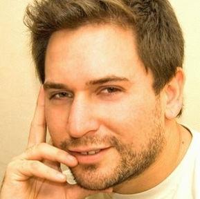 Conecta con Chicos Gay en Chile por Chat!