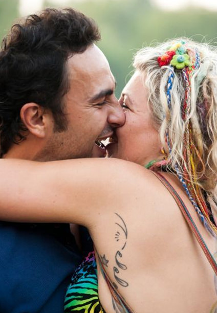 dating for hippies